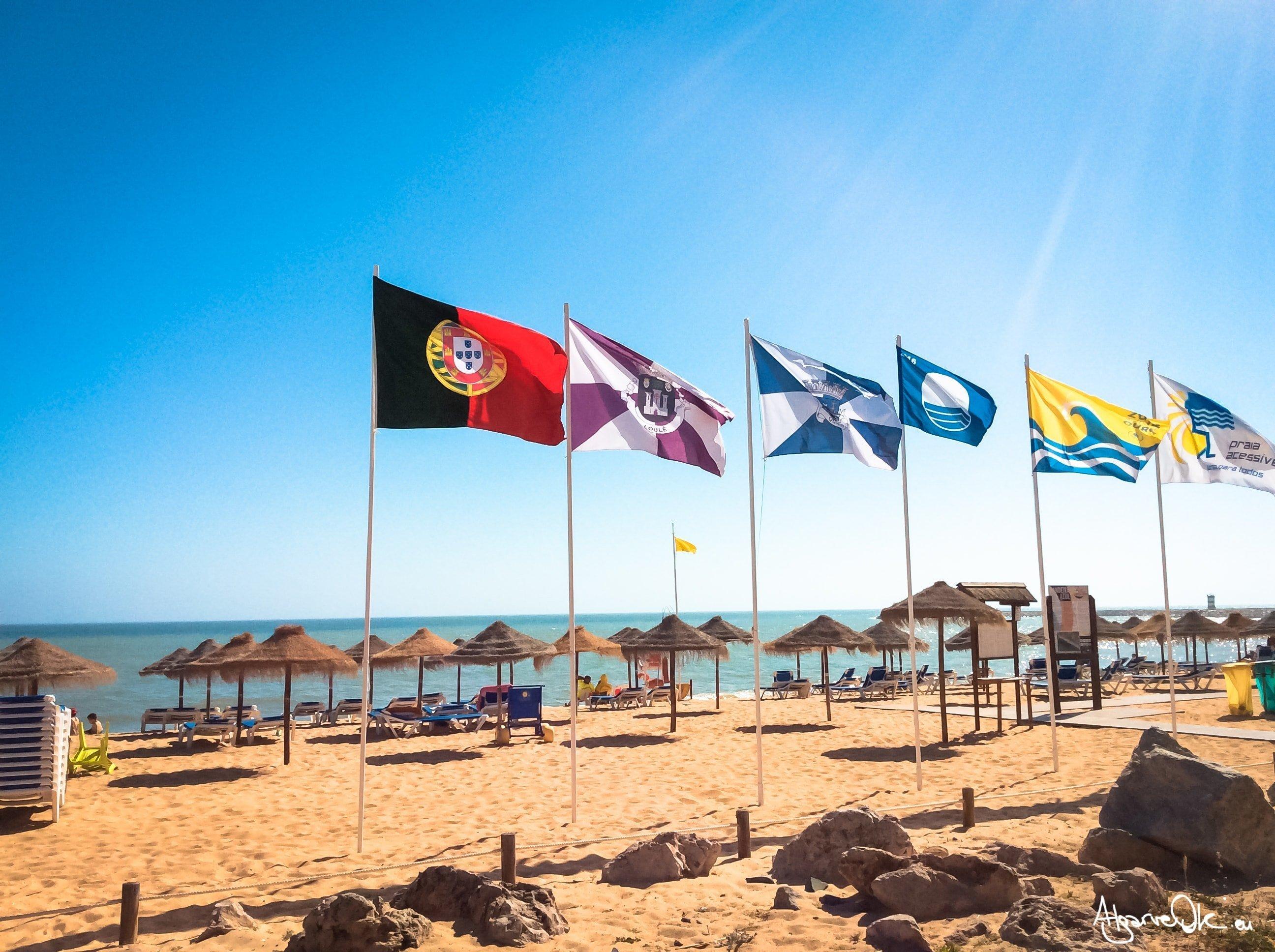 Vacanza a Quarteira: Spiaggia Bandiere Quarteira Algarve Portogallo