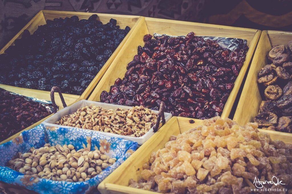 Cosa si mangia in Algarve: specialità con mandorle e fichi