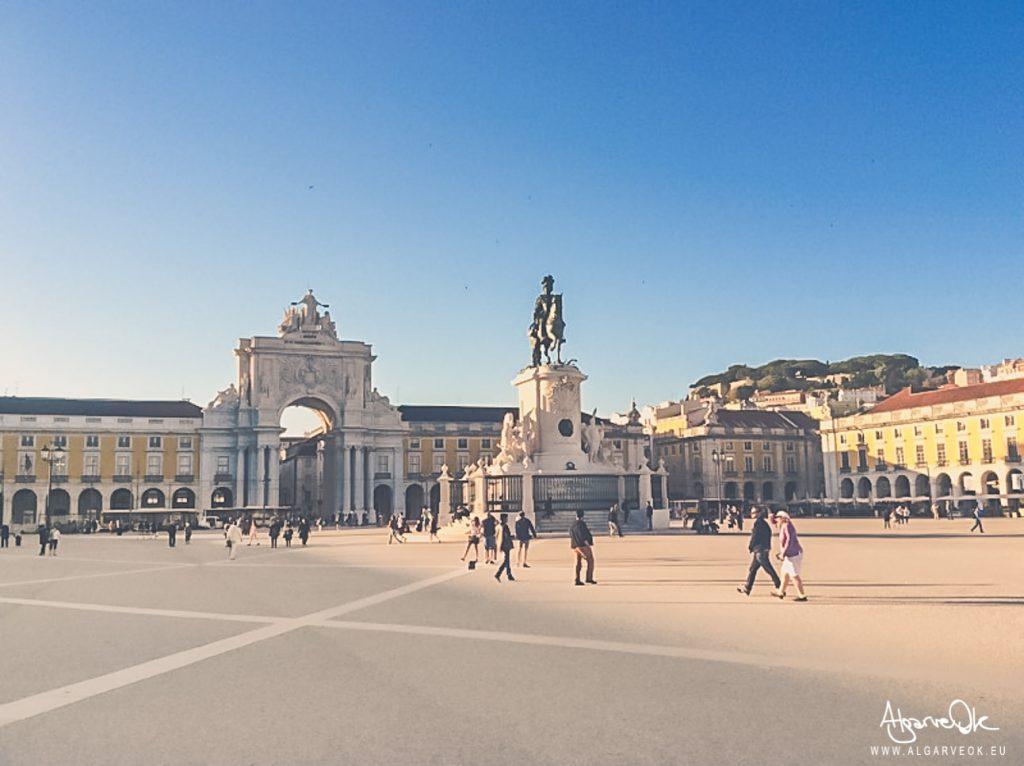 Piazza del Commercio a Lisbona