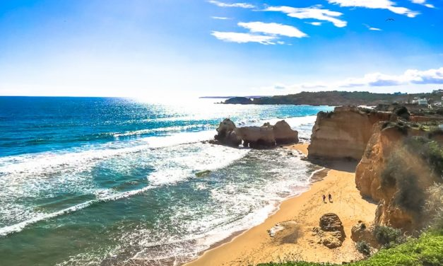 Video Praia da Rocha a Portimão in Algarve Portogallo